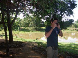 Bebiendo agua de coco Sigiriya